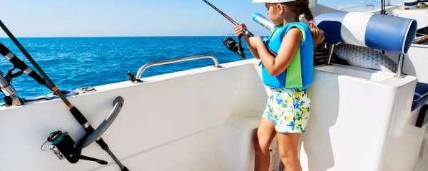 三月份钓鲈鱼用什么饵好,用什么竿好