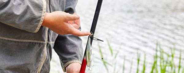 四月钓鱼怎么钓,用什么鱼竿